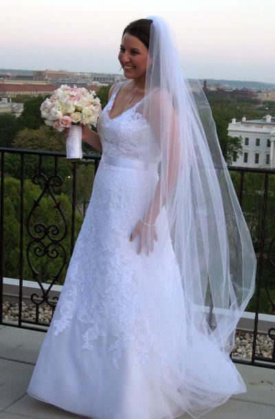 Eleni Engaged: I'm a Wife