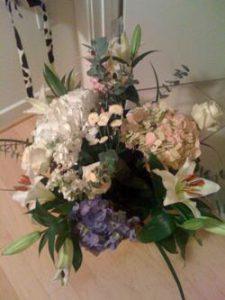 Weeks to a Wedding: Karaoke and Flowers