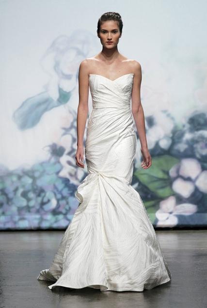 MONIQUE LHUILLIER FW12 BRIDAL NEW YORK 10/15/2011