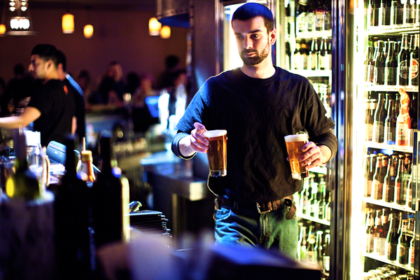 Best Bars and Happy Hours in Arlington