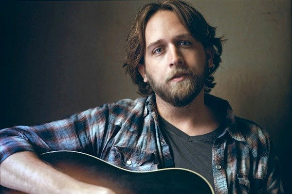 An Interview With Country Singer Hayes Carll
