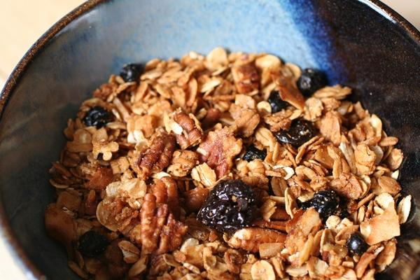 Easy Homemade Granola Recipes