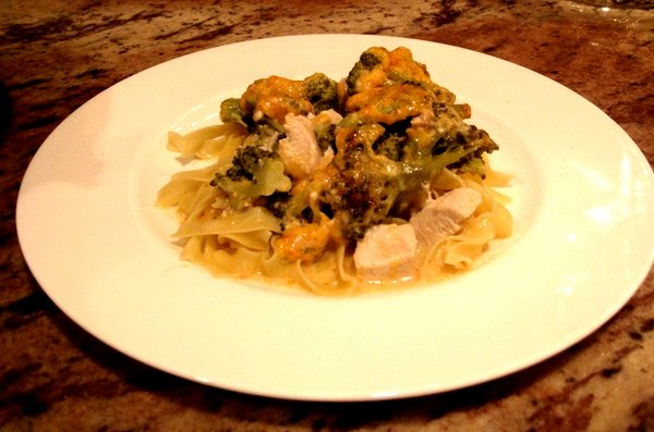 A Low-Fat, Low-Cal Chicken and Broccoli Casserole Recipe