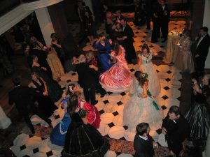 """Guests Enjoy Lincoln-Themed """"Prom for Grownups"""""""