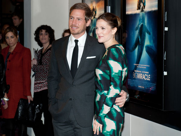 """Drew Barrymore and Vinessa Shaw Stop in DC for """"Big Miracle"""" Premiere"""