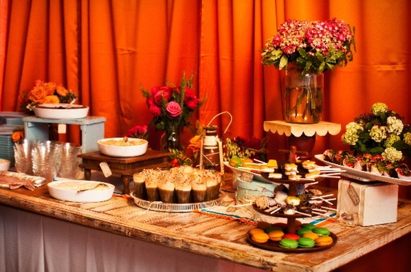 More Sweet Treats: From S'mores to Macarons, Dessert Stations Are One Great Option