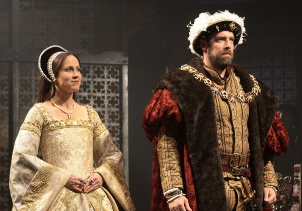 henry viii play Henry viii is a collaborative play between william shakespeare and john fletcher, following the story of henry's forbidden love with anne bullen and the dukes' plots.