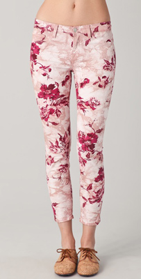 Two of spring's biggest trends collide in these floral-print jeans.
