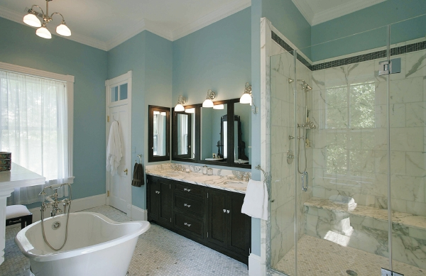 What's In: Traditional Bathrooms
