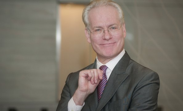 Tim Gunn wants to give you good fashion advice.