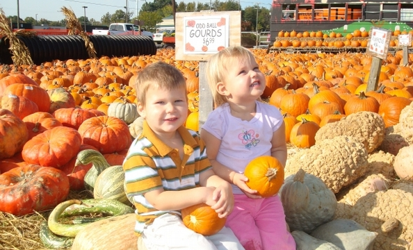Hansen took this photo of his kids—Kirk, 3, and Sophia, 2—just south of Fredericksburg, Virginia.