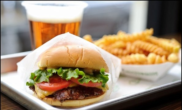 Shake Shack Opens in DC