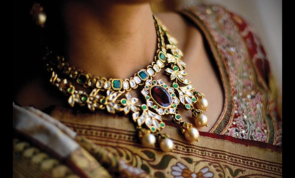 Real Weddings: Priya Bhatia & Mahesh Rahu