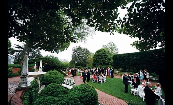 Real Weddings: Lisa Knappen & Sebastian Ridd