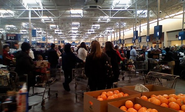 "Reader Tim says ""Wal-Mart did an impressive job keeping the shelves stocked despite the crowd."""