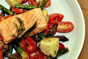 Healthy Recipe: Asparagus and Potato Salad With Lemon-Garlic Dressing and Salmon