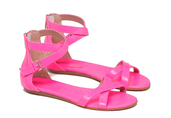 Fun Flat Sandals Under 150 Washingtonian