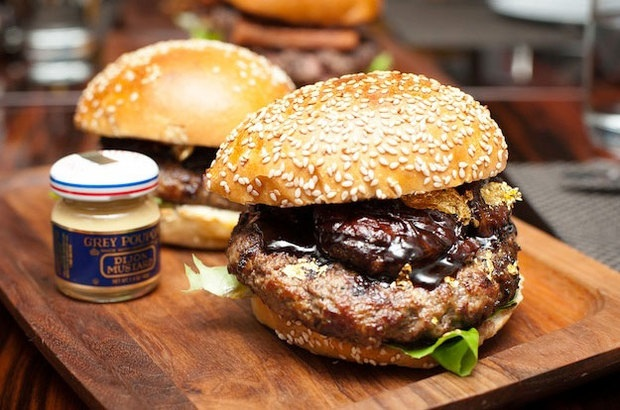 A Burger a Day in May: A Burger Roundup for Memorial Day Inspiration