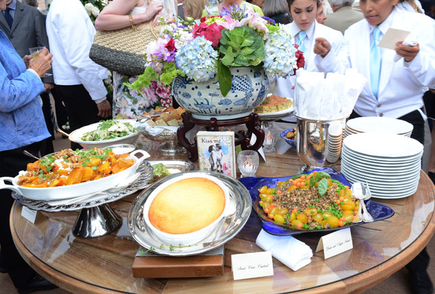 Fashionable Guests at the Tudor Place Garden Party (Pictures)