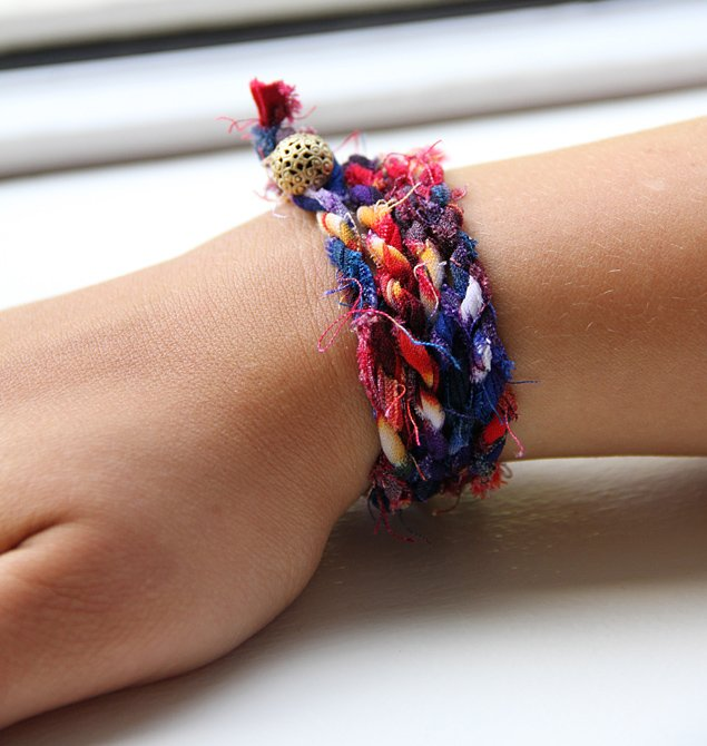 DIY: How to Make J.Crew's  Cloth Wrap Bracelet For Under