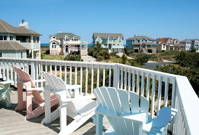 Beach house prices along the atlantic washingtonian for Beach house plans outer banks