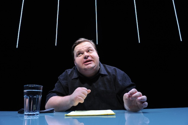"""Theater Review: """"The Agony and the Ecstasy of Steve Jobs"""" at Woolly Mammoth"""