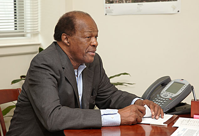 "Marion Barry Wants the FBI to ""Speed Up"" Its Investigation of Mayor Vincent Gray"