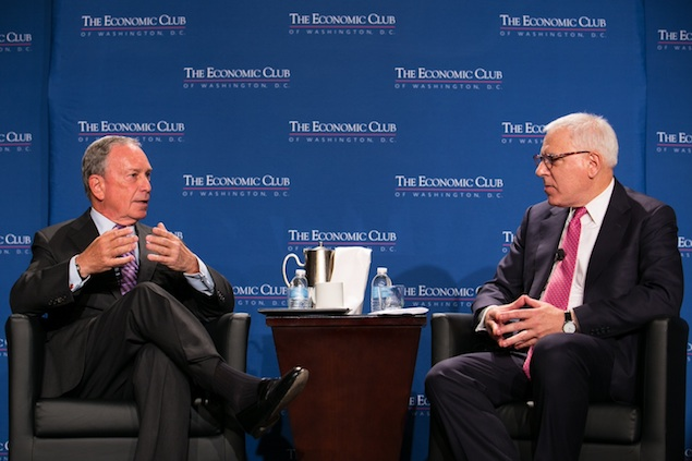 At Record Speed, Michael Bloomberg Praises New York and Bashes Washington