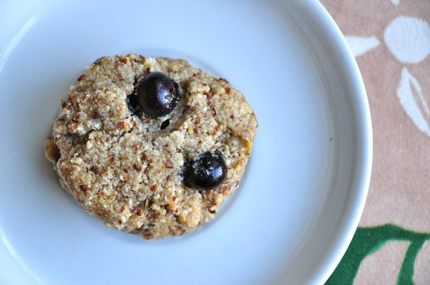 Healthy Recipe: Blueberry-Almond-Flax Breakfast Cookies