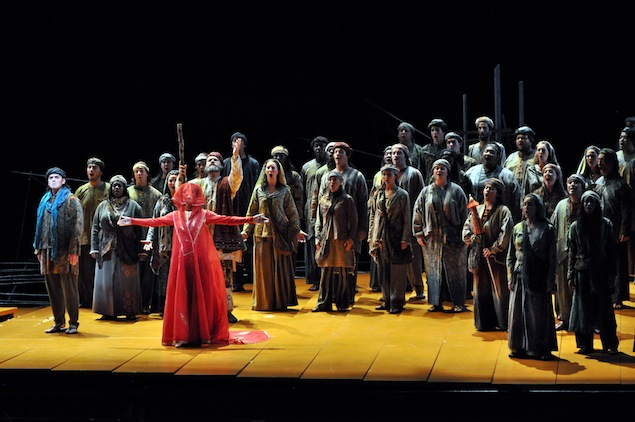 "Tazewell Thompson Directs ""The Pearl Fishers"" at the Virginia Opera"