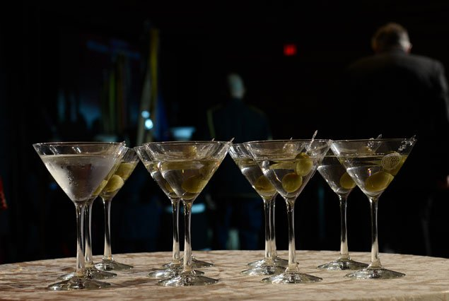 A Perfect Gin Martini, and a Hemingway, Highlight a Dinner for the OSS Society (Photos)