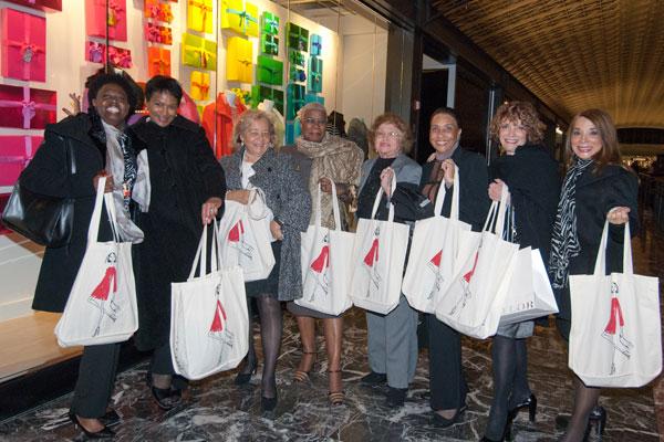 Ann Taylor Unveils New Union Station Store (Photos)
