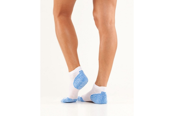 Lululemon Ultimate Padded Run Sock