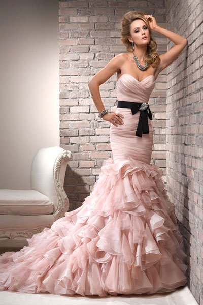 Maggie Sottero Blush Wedding Dress 32 Simple then try the ucDivina