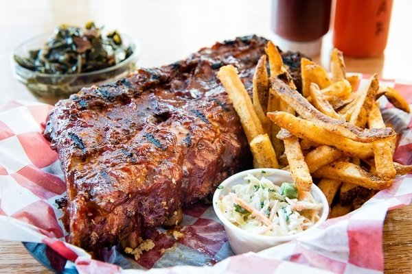 An Early Look at Smoke BBQ Bethesda