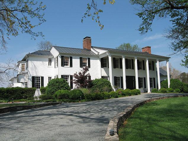 June Travel Deals: Visit Charlottesville and Gettysburg