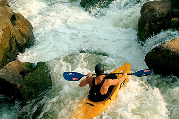 Great Falls hiking. DC hiking. DC biking. The Great Falls Park Difficult Run trail is perfect for viewing adventurous kayakers.