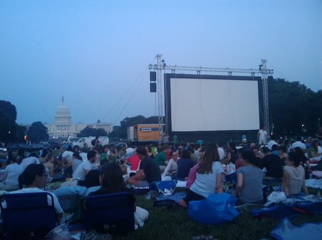 A Guide to Free Outdoor Movies in Washington