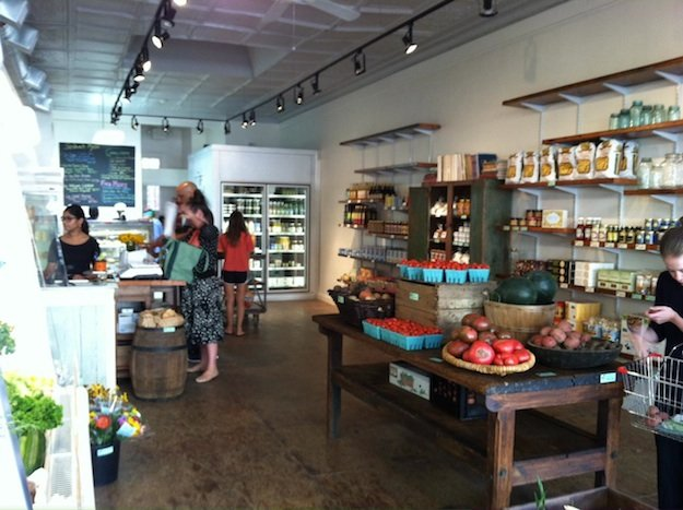 Each Peach Market Debuts in Mount Pleasant