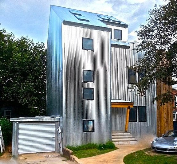 "Arlington ""Metal House"" Advertised as Great Place for a Kegger"