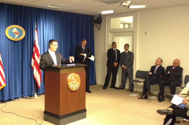Mayor Gray Nominates Jeffrey DeWitt for DC CFO