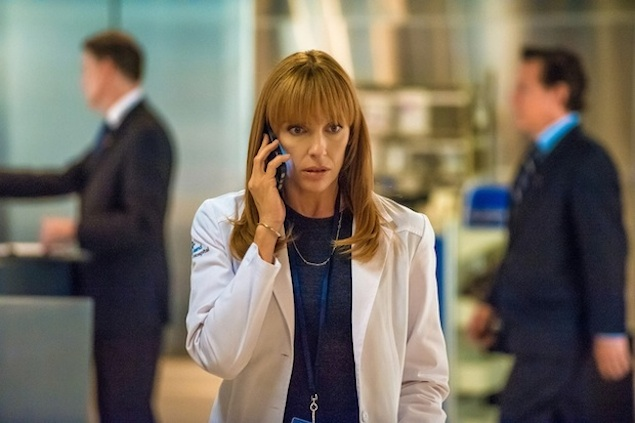 WashingTelevision: Hostages Recap, Season One, Episode One, Pilot