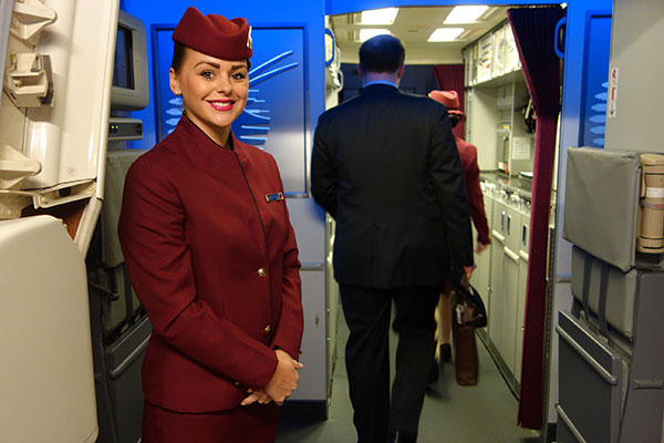 Qatar Airways Indulges Media With Unique Dinner Party on a Parked Boeing 777 (Photos)