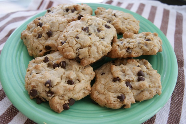 Dairy-Free Quinoa Chocolate Chip Cookies