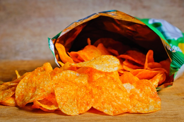 Canadian-themed Potato Chips, Fad Diets, and Losing Mumbo Sauce: Eating & Reading