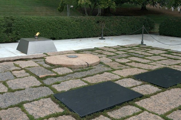 "There's a ""Fake"" Flame at JFK's Gravesite While the Real Flame Is Rehabbed"