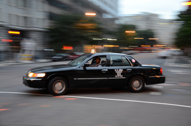 Teamsters to Help Cab Drivers Oppose New Regulations