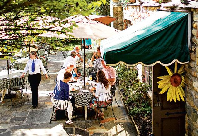 Classics Revisited: Old Angler's Inn