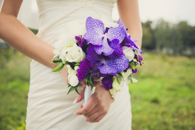 Pinteresting: 15 Radiant Orchid Wedding Ideas (Photos)