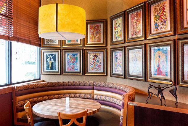 Down Home Eats And A Vegas Vibe Inside The Carolina Kitchen